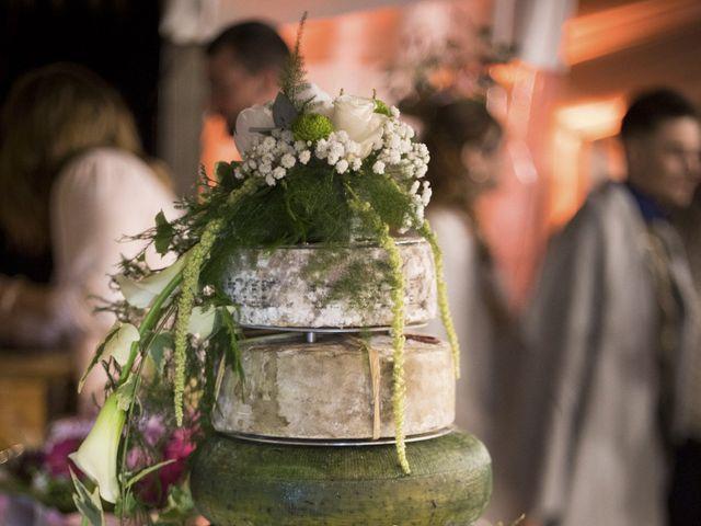 Le mariage de Thomas et Johanna à Lons-le-Saunier, Jura 25