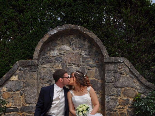 Le mariage de Lionel et Estelle à Grenoble, Isère 12