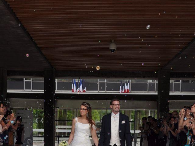 Le mariage de Lionel et Estelle à Grenoble, Isère 14