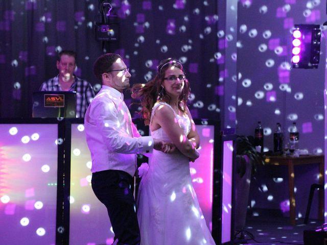 Le mariage de Lionel et Estelle à Grenoble, Isère 30