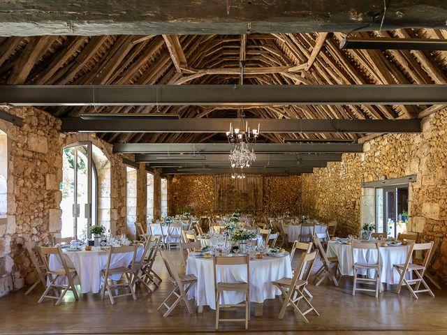 Le mariage de Alexis et Alvina à Bergerac, Dordogne 51