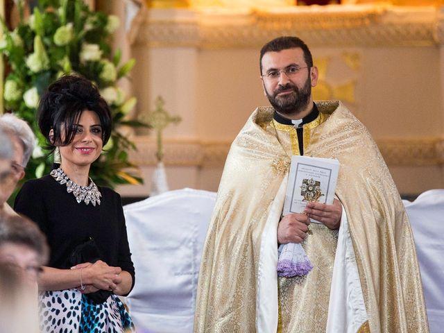 Le mariage de Zareh et Caroline à Arnouville-lès-Mantes, Yvelines 49