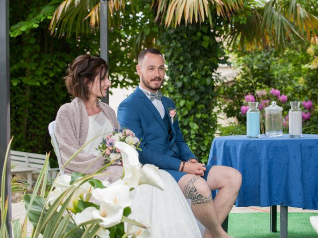 Le mariage de Philippe et Emilie à Gujan-Mestras, Gironde 15