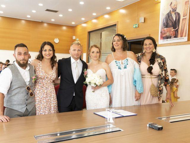 Le mariage de Benoît et Angélique à Trets, Bouches-du-Rhône 16
