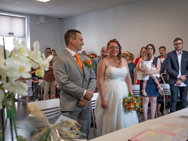 Le mariage de Brice et Emilie à Fay-aux-Loges, Loiret 17
