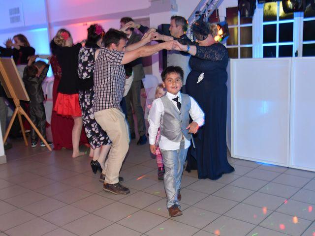 Le mariage de Hinano et Freddy à Arsac, Gironde 12