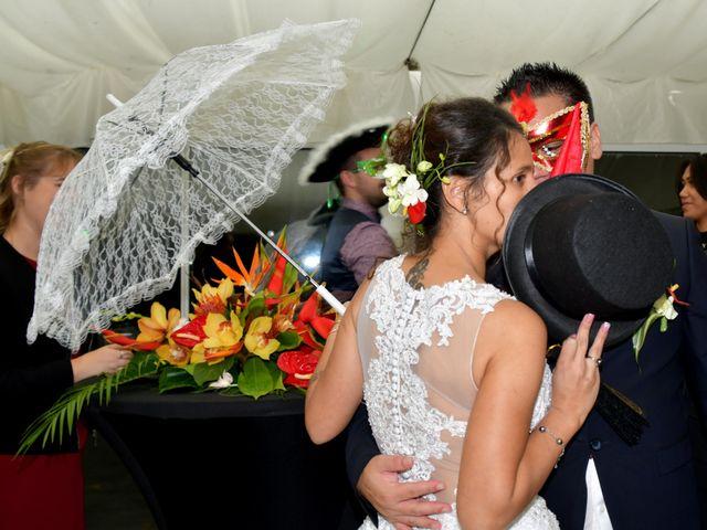 Le mariage de Hinano et Freddy à Arsac, Gironde 14