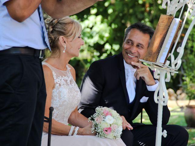 Le mariage de Michel et Armande à Pierrefeu-du-Var, Var 1