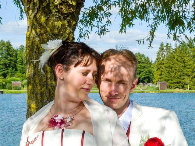 Le mariage de Gabriel et Cyrielle à Vendresse, Ardennes 11