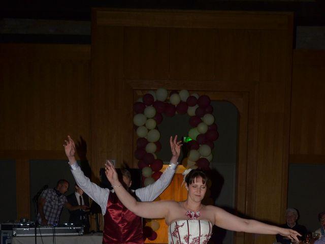 Le mariage de Gabriel et Cyrielle à Vendresse, Ardennes 17