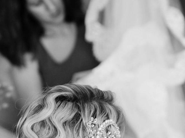 Le mariage de Marine et Florian à Berville-sur-Mer, Eure 5