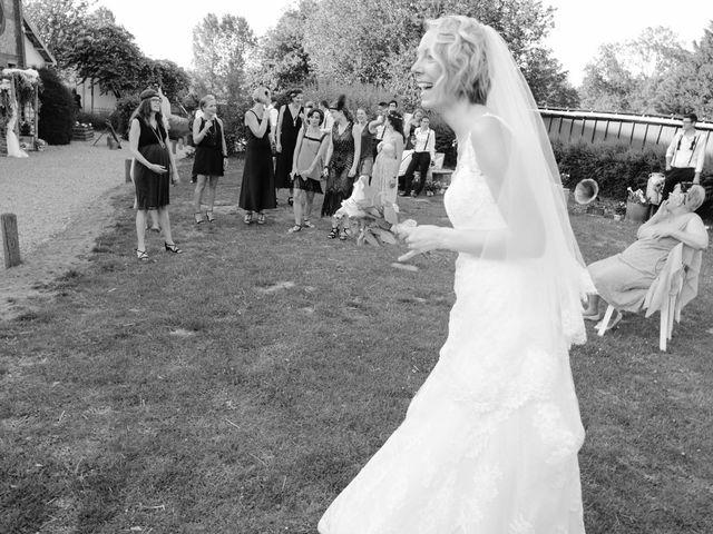 Le mariage de Marine et Florian à Berville-sur-Mer, Eure 59
