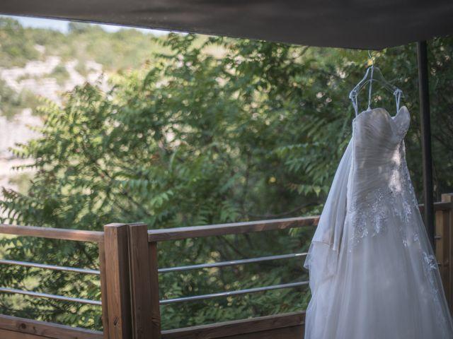 Le mariage de Joffrey et Elody à Labeaume, Ardèche 6