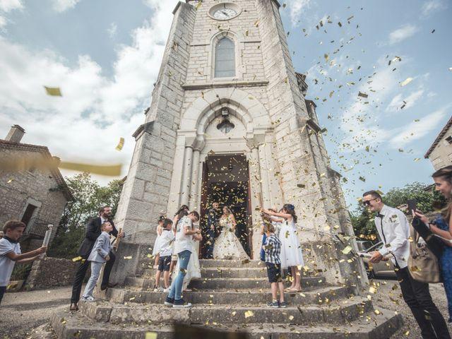 Le mariage de Joffrey et Elody à Labeaume, Ardèche 25