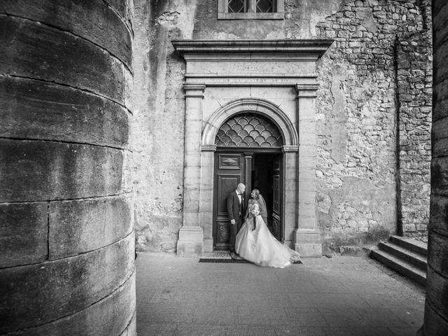 Le mariage de Joffrey et Elody à Labeaume, Ardèche 27