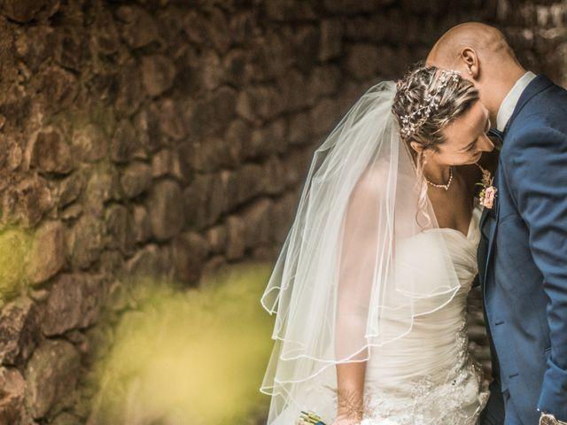 Le mariage de Joffrey et Elody à Labeaume, Ardèche 30