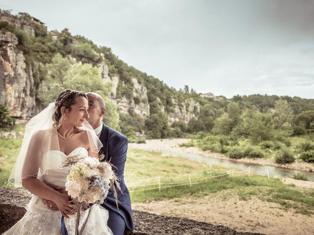 Le mariage de Joffrey et Elody à Labeaume, Ardèche 36