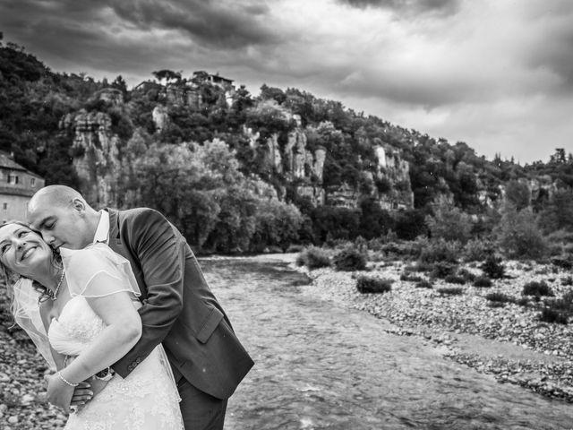 Le mariage de Joffrey et Elody à Labeaume, Ardèche 1