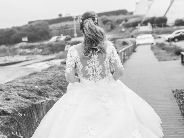 Le mariage de David et Carole à Lorient, Morbihan 38