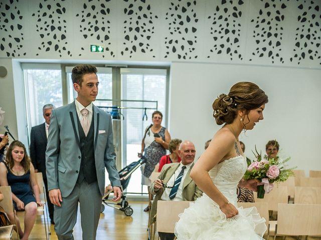 Le mariage de Jérémi et Mathilde à Périgny, Charente Maritime 15