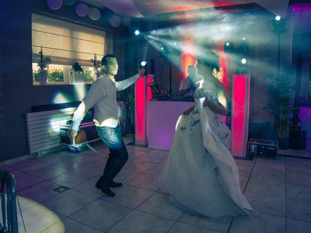 Le mariage de Gregory et Sandrine à Les Chapelles-Bourbon, Seine-et-Marne 28