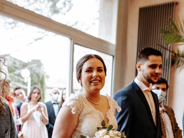 Le mariage de Joshua et Laura à Mirepoix, Ariège 11