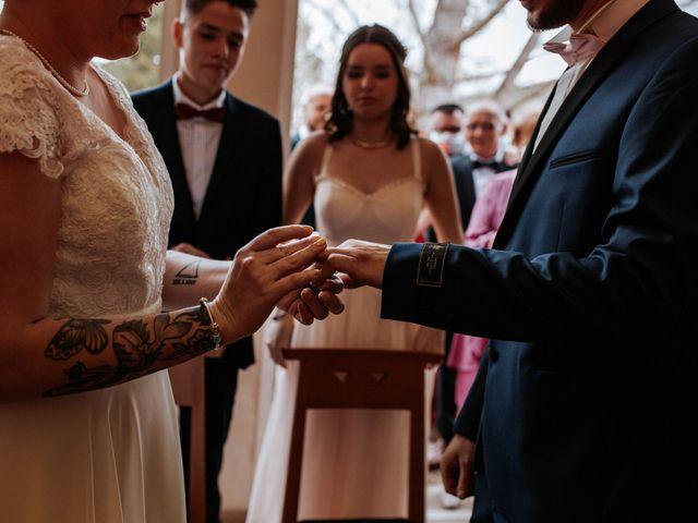 Le mariage de Joshua et Laura à Mirepoix, Ariège 12