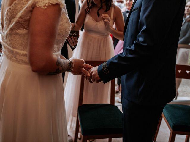 Le mariage de Joshua et Laura à Mirepoix, Ariège 14