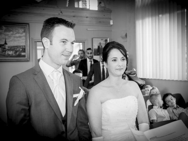 Le mariage de Thibaut et Charline à Criquebeuf-sur-Seine, Eure 35