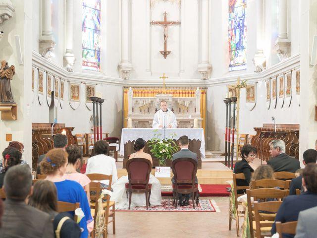 Le mariage de Thibaut et Charline à Criquebeuf-sur-Seine, Eure 42