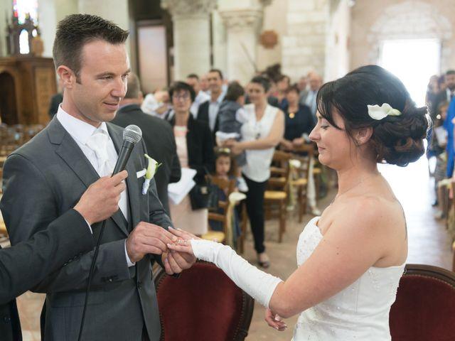 Le mariage de Thibaut et Charline à Criquebeuf-sur-Seine, Eure 44