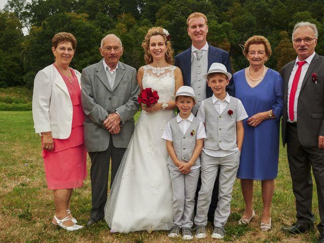 Le mariage de Frédéric et Véronique à Tuffé, Sarthe 81