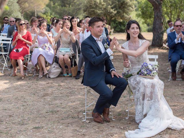 Le mariage de Nicolas et Sonya à Vénéjan, Gard 18