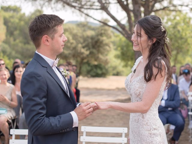 Le mariage de Nicolas et Sonya à Vénéjan, Gard 20
