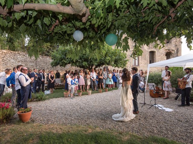 Le mariage de Nicolas et Sonya à Vénéjan, Gard 37