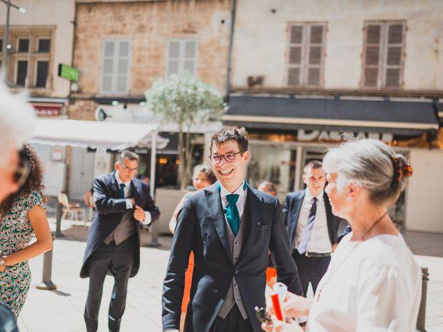 Le mariage de Adrien et Marina à Saint-Étienne-des-Oullières, Rhône 1