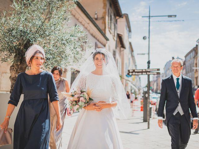 Le mariage de Adrien et Marina à Saint-Étienne-des-Oullières, Rhône 2