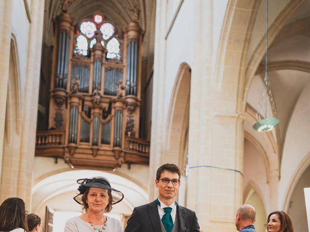 Le mariage de Adrien et Marina à Saint-Étienne-des-Oullières, Rhône 16