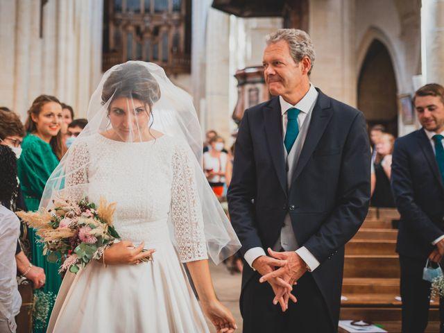 Le mariage de Adrien et Marina à Saint-Étienne-des-Oullières, Rhône 19
