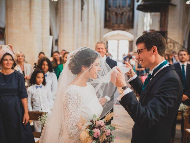Le mariage de Adrien et Marina à Saint-Étienne-des-Oullières, Rhône 20