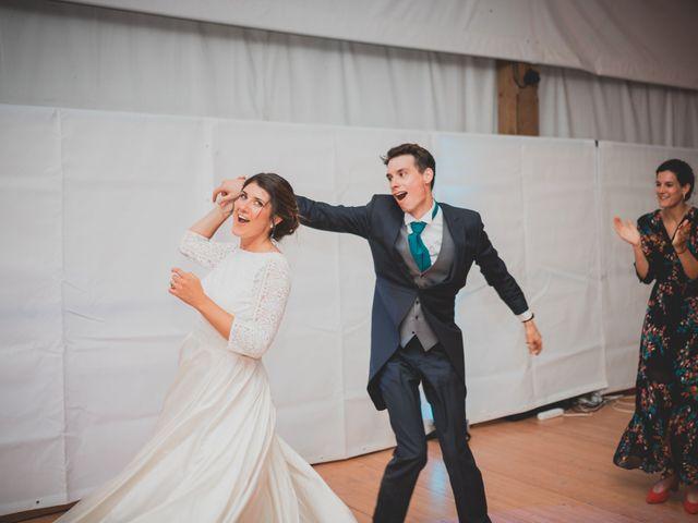 Le mariage de Adrien et Marina à Saint-Étienne-des-Oullières, Rhône 58