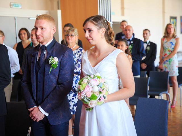 Le mariage de Jefferson et Aurore à Neuville-en-Ferrain, Nord 22