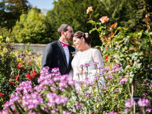 Le mariage de Jean Baptiste et Claire à Bouges-le-Château, Indre 3