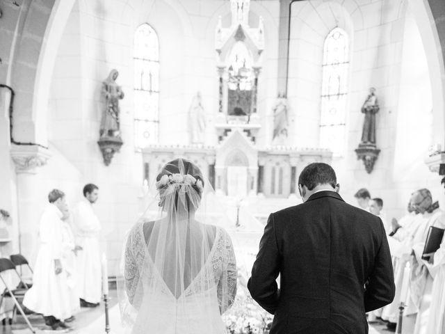 Le mariage de Jean Baptiste et Claire à Bouges-le-Château, Indre 15