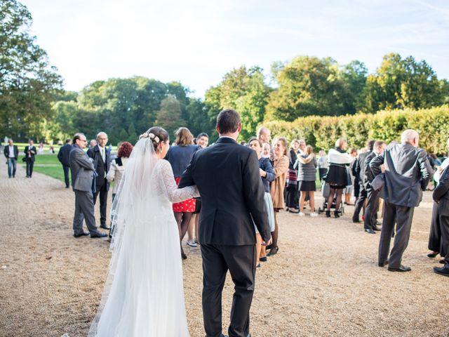 Le mariage de Jean Baptiste et Claire à Bouges-le-Château, Indre 25