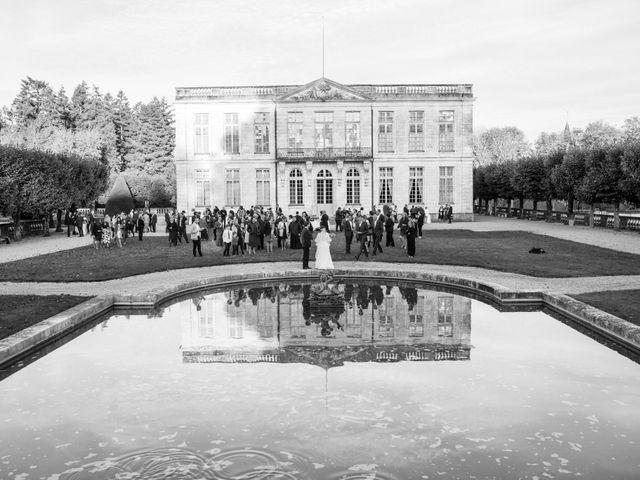 Le mariage de Jean Baptiste et Claire à Bouges-le-Château, Indre 30