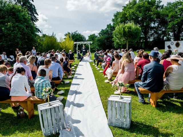 Le mariage de Kévin et Lucy à Buxerolles, Vienne 39