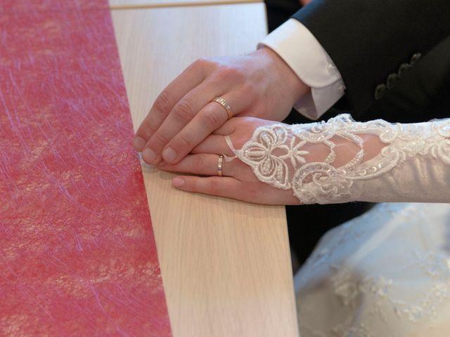 Le mariage de Raphaël et Mélanie à Chiroubles, Rhône 15
