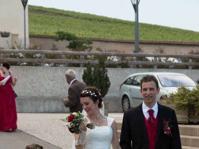 Le mariage de Raphaël et Mélanie à Chiroubles, Rhône 17