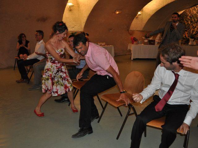 Le mariage de Raphaël et Mélanie à Chiroubles, Rhône 24
